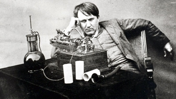 The evolution of Edison's inventions