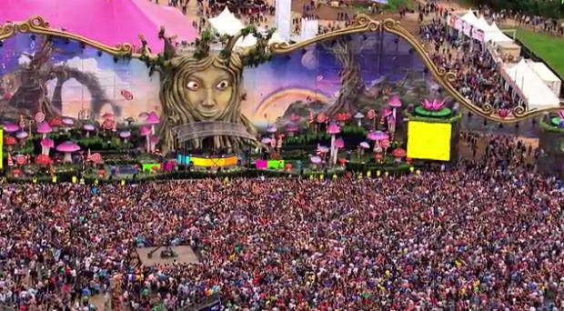 Tomorrowland Live! | Youthopia