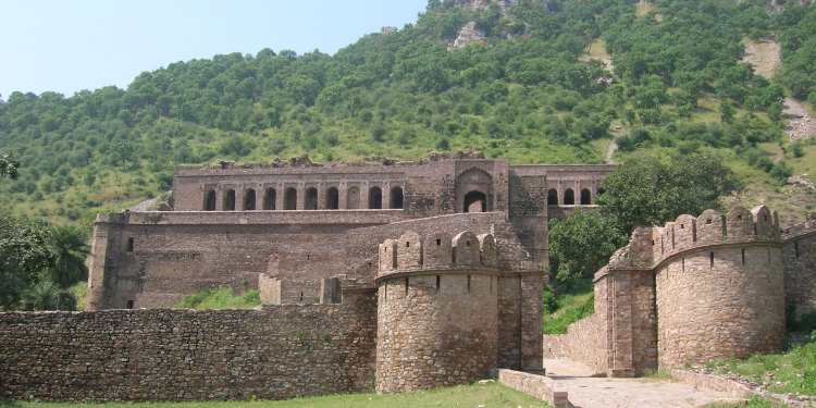 Bhangarh-Fort1 (1)