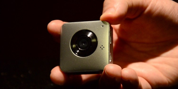 World's First Tiny Wearable HD Video Logging Camera